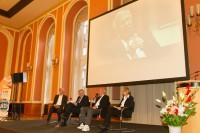 25 Jahre Hilfsbereitschaft: Diskussionsrunde