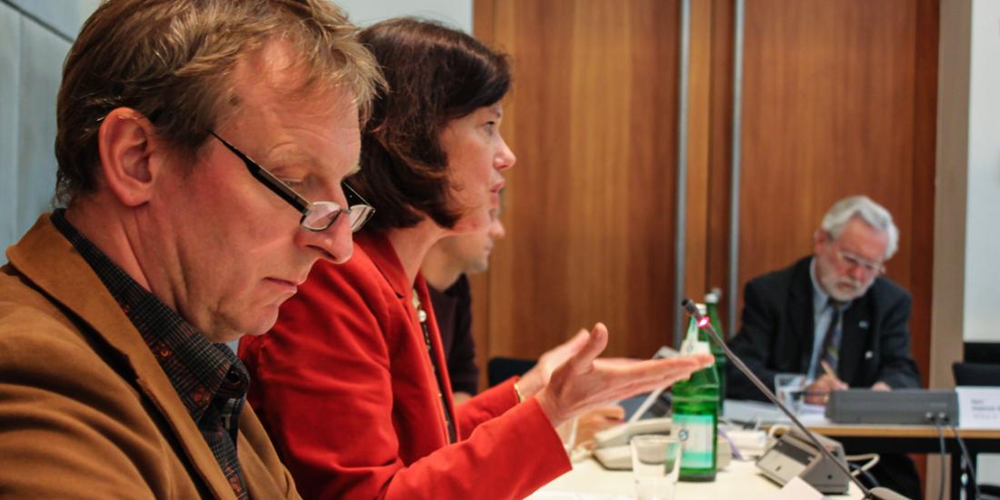 <b>Carola Schaaf-Derichs</b> vom Veranstalter, der Landesfreiwilligenagentur Berlin <b>...</b> - RT_20130919C_8708Bl_1100